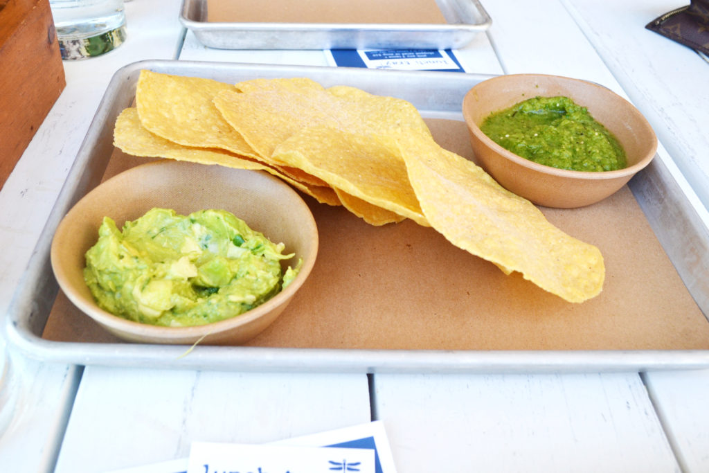 chips ad guacamole, bartaco