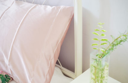3 Reasons Why You Should Invest in a Silk Pillowcase