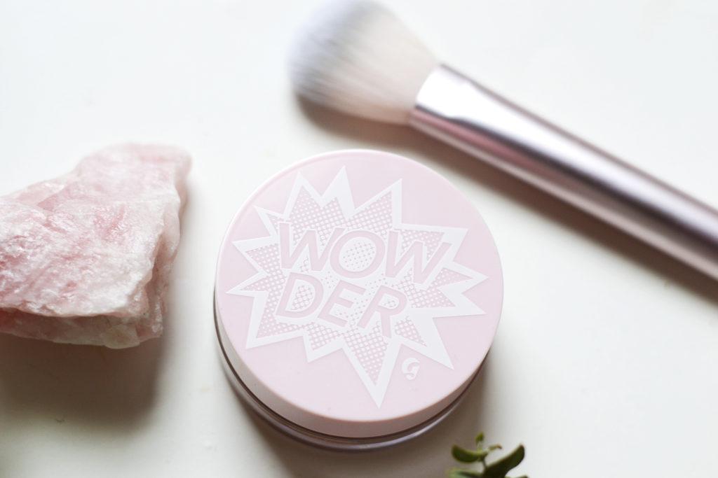 Glossier Review: Wowder Duo (powder + brush)