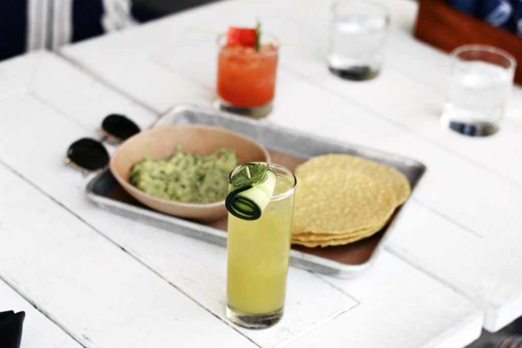 bartaco cocktails, chips, and guac