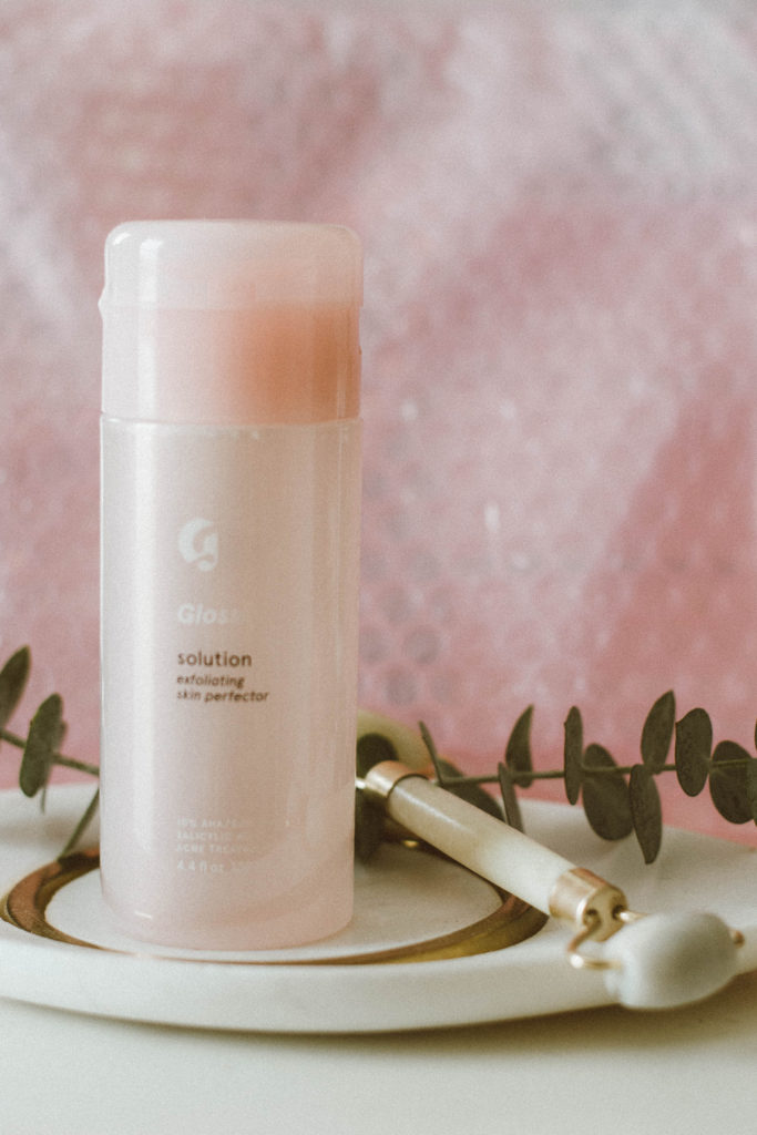 Glossier Solution Face Exfoliator and Skin Perfector