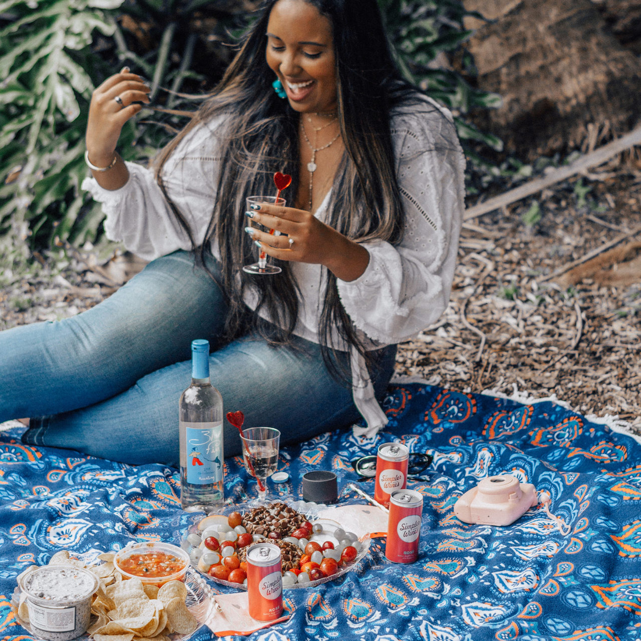 Bougie on a Budget: Picturesque Picnic with the Girls