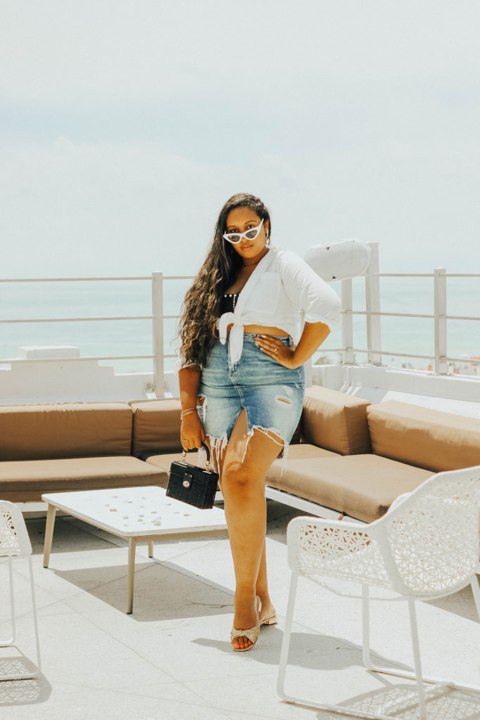 Miami Swim Week looks // Linen top, denim skirt, slides, raffia bag