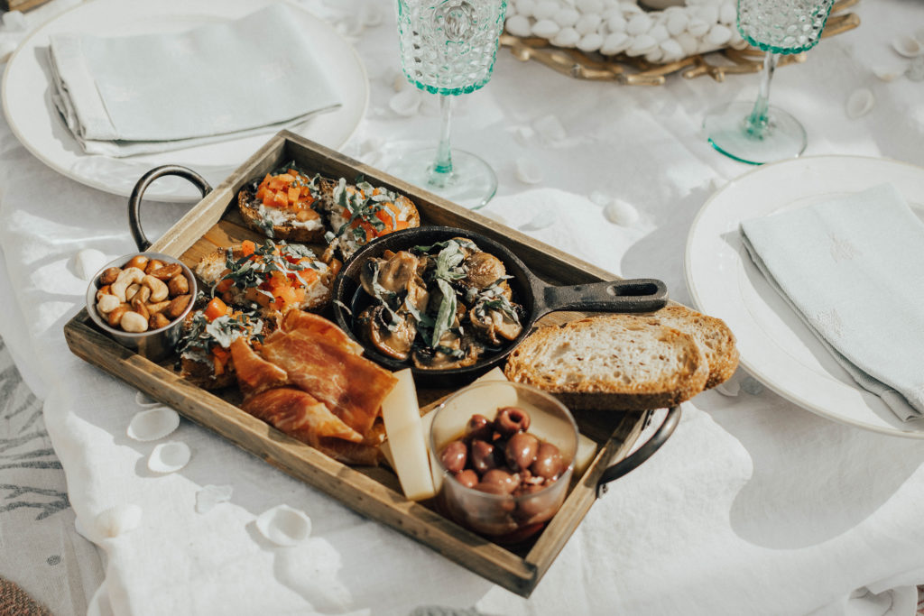 South Beach Picnic // food from South Pointe Tavern
