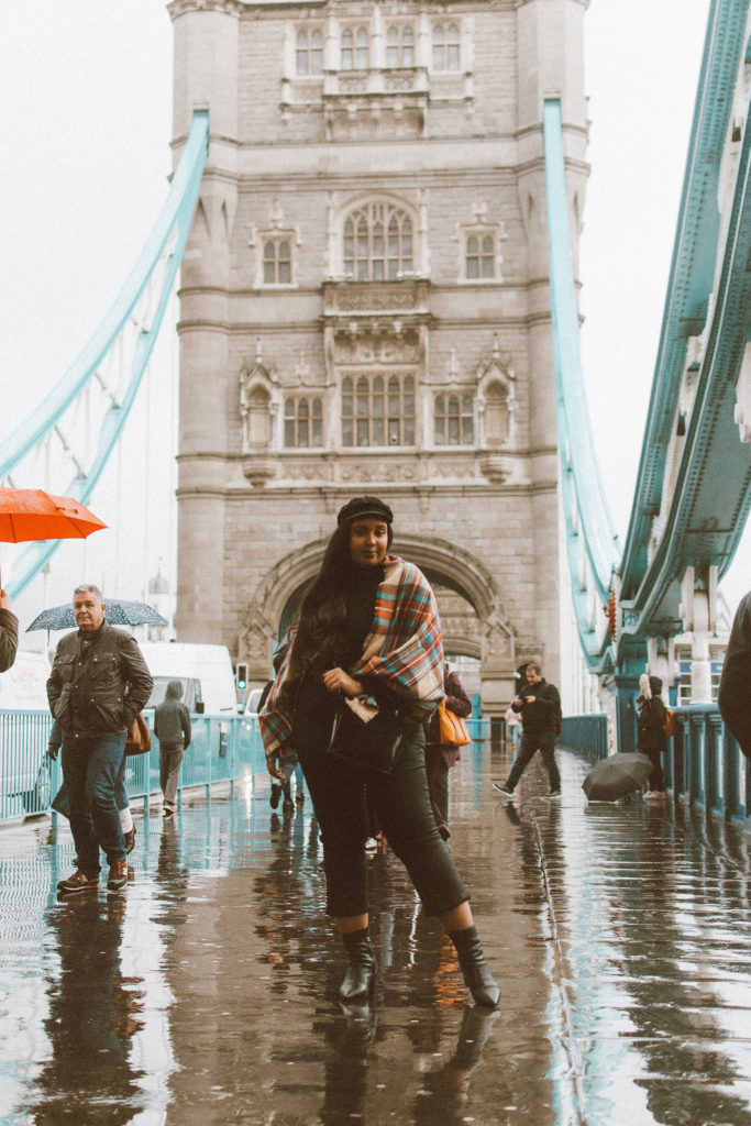 Tower Bridge - London Itinerary | www.fromnubiana.com